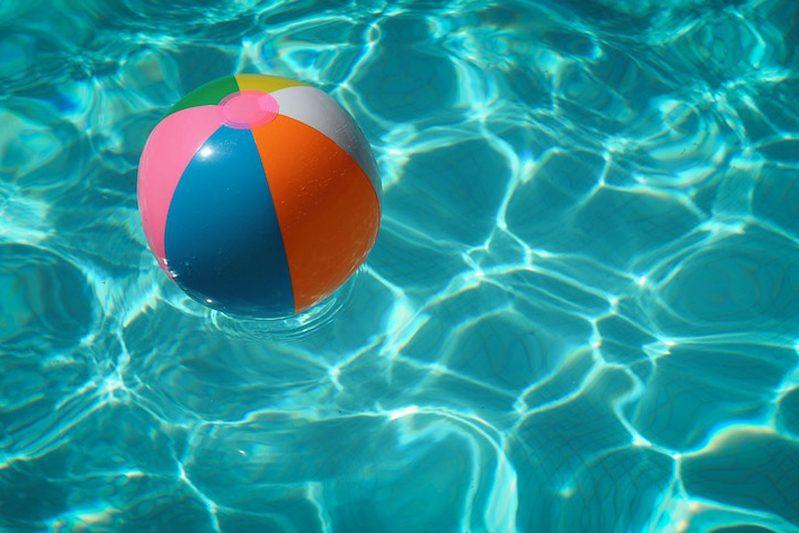 materiales para las lonas de piscina